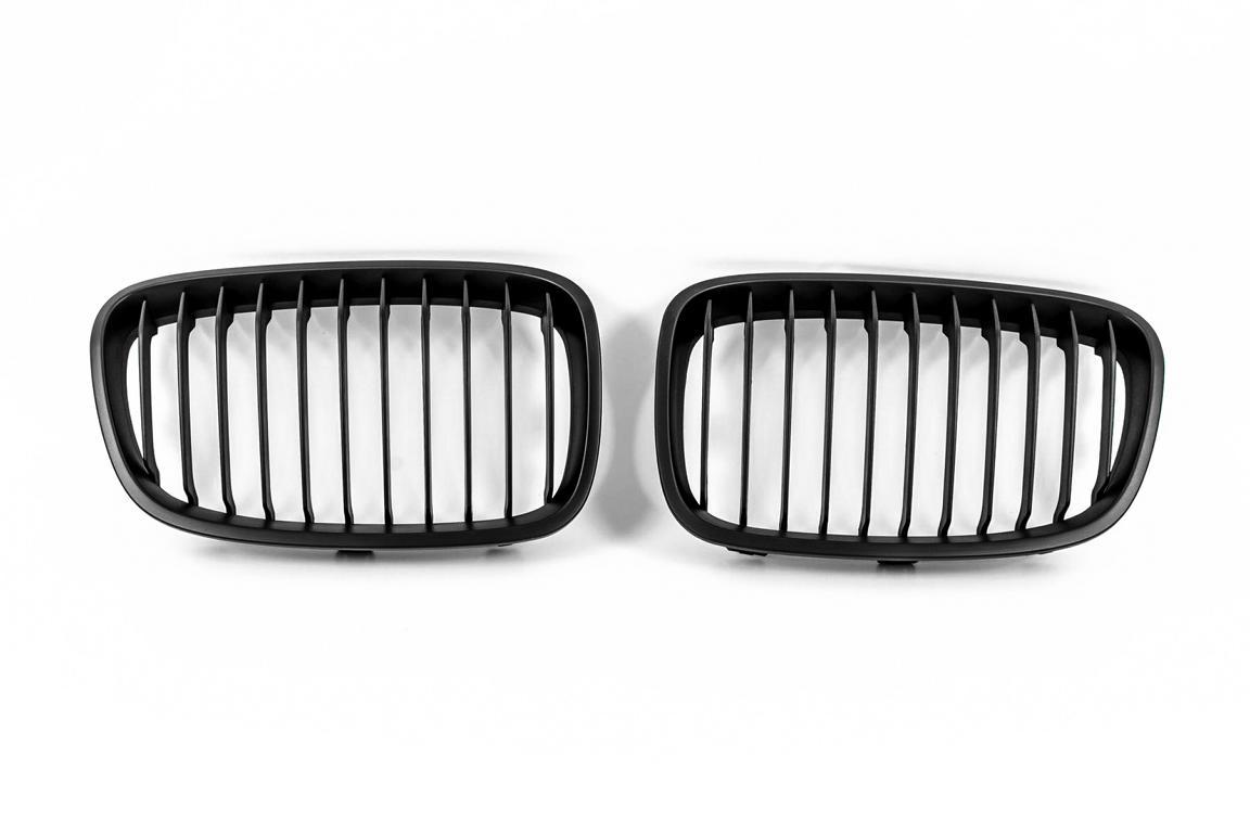 nieren k hlergrill f r bmw 1er f20 f21 front grill in matt. Black Bedroom Furniture Sets. Home Design Ideas