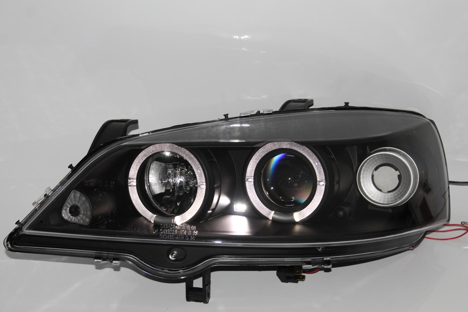 Bmw e38 angel eyes installation-2880